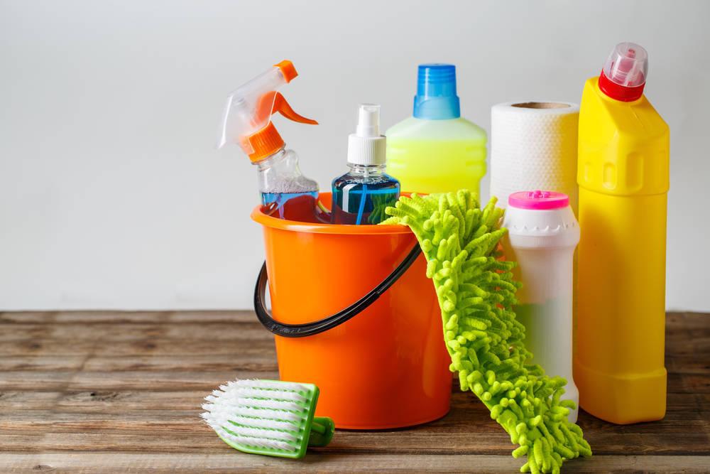 Asumiendo las labores en el hogar