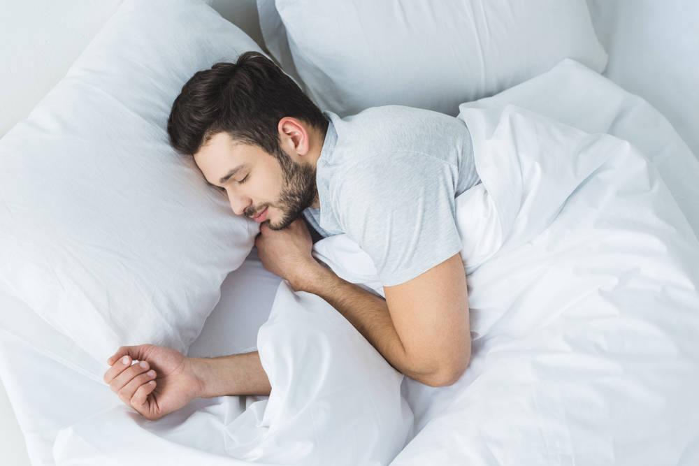Si no duermes bien estás poniendo en riesgo tu salud. Elige un buen colchón